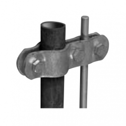 Connecting clamp for pipeline